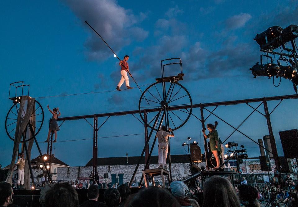 Sodade - Cia. Cirque Rouages (França)